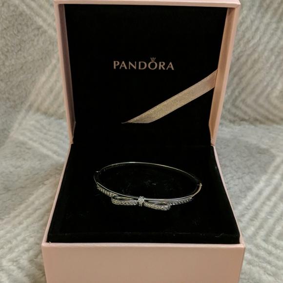Pandora Jewelry - Pandora Sparkling Bow Bangle